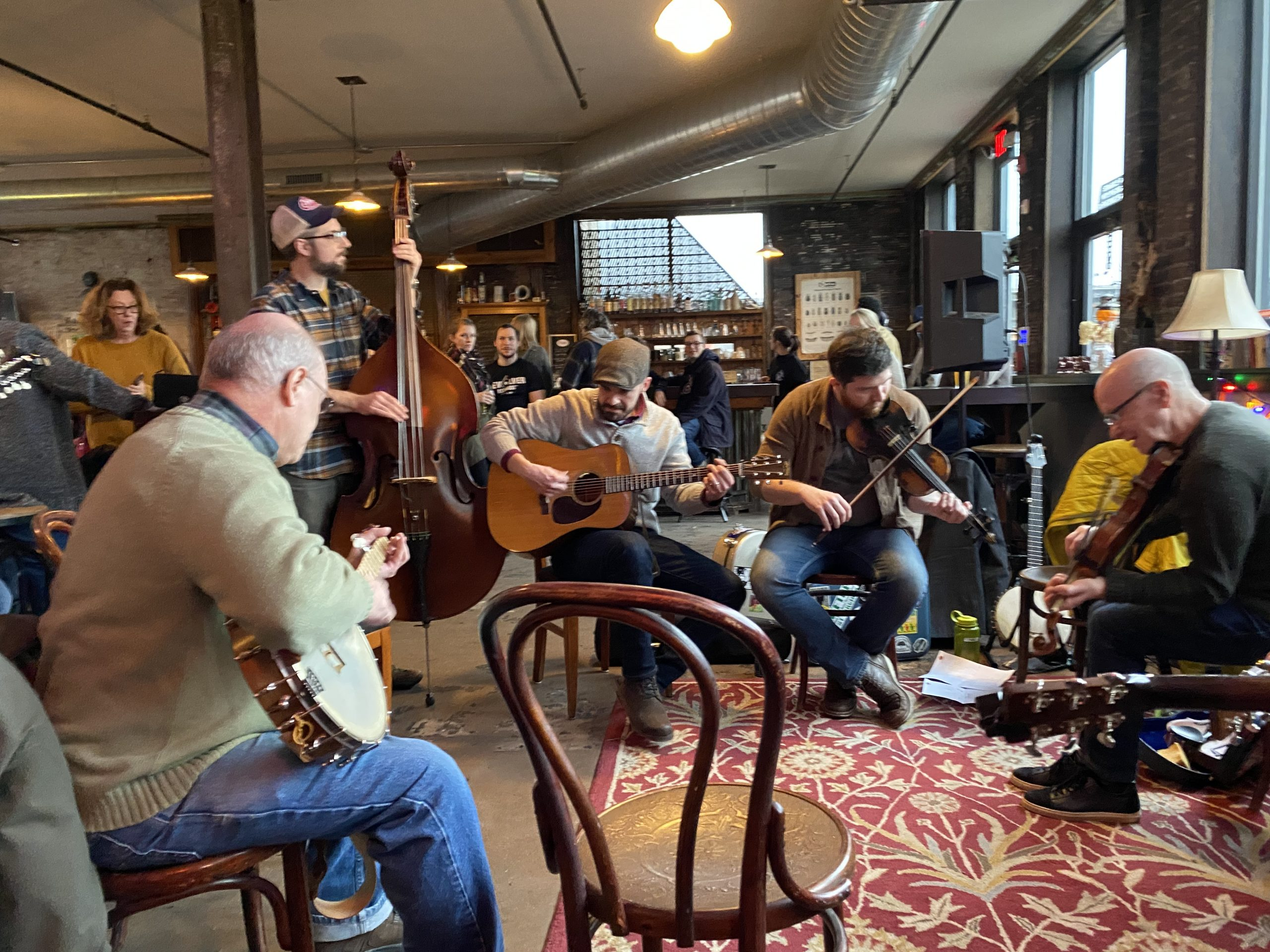 Bluegrass Roundup: Hot licks are heating up the great indoors