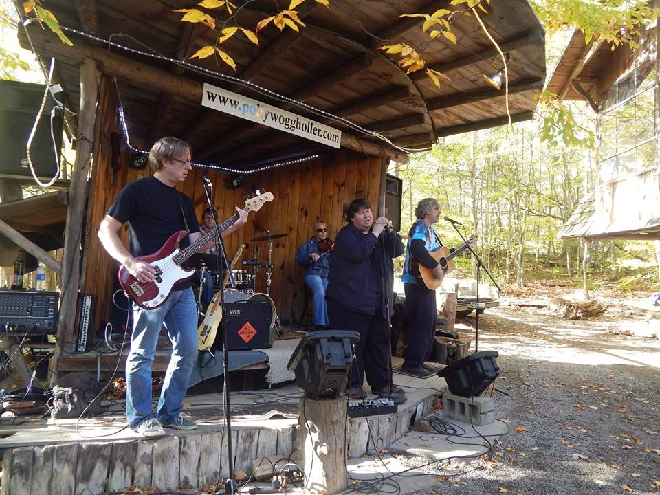 Buckwords: Pollywogg Holler … They Built It and People Came